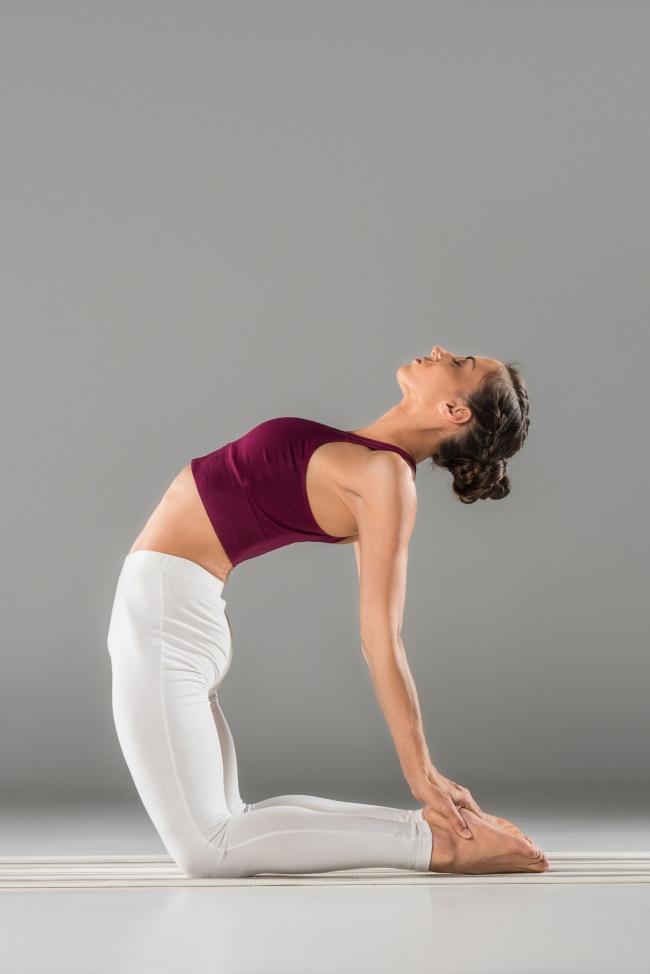 Düz bir karın için 12 yoga hareketleri 2