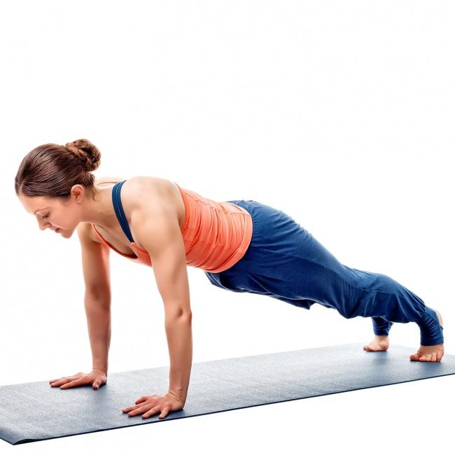 Düz bir karın için 12 yoga hareketleri 7