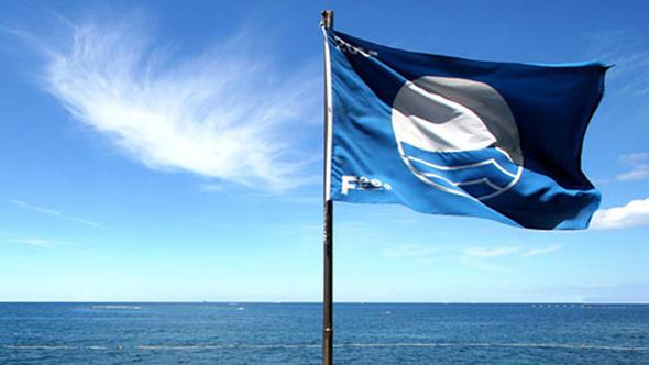 Plajarda ve Marinalarda Mavi Bayrak