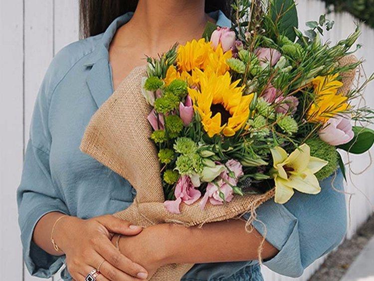 Anneler günü Bir buket çiçek