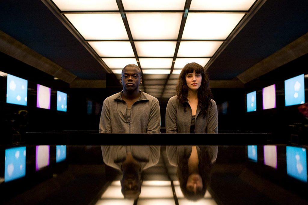 Fifteen Million Merits  ( IMDb 8,2)