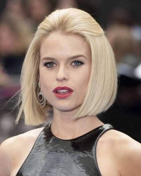 Küt saçlar için saç modeli