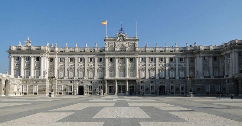 Madrid kraliyet sarayi