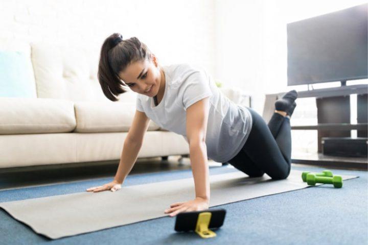 Evde spor: Bayanlar için 6 video hareketleri 7